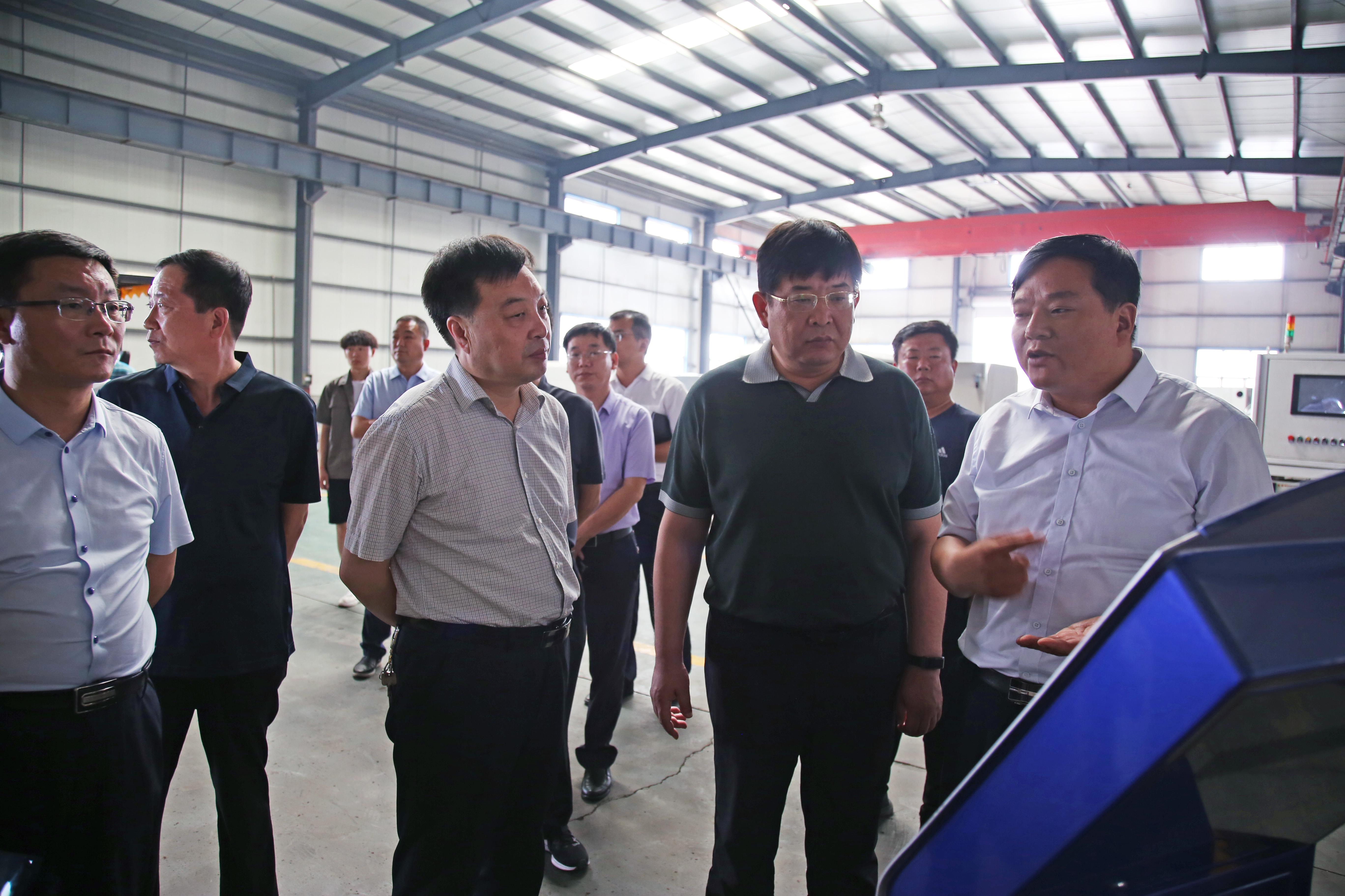 山東蘭陵政府縣長蒞臨華電參觀考察